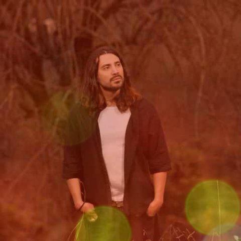 آهنگ خاک طلایی از امیر عباس گلاب