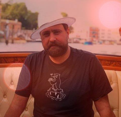 آهنگ زیر حرفم میزنم از محمد علیزاده